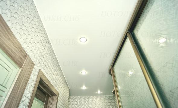 фото матового потолка в прихожей 3