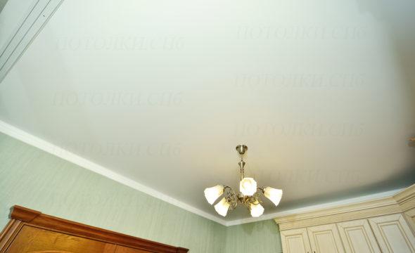 Установка матового натяжного потолка. Маршала Блюхера