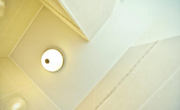 матовый потолок в туалете 2 кв.м Блюхера