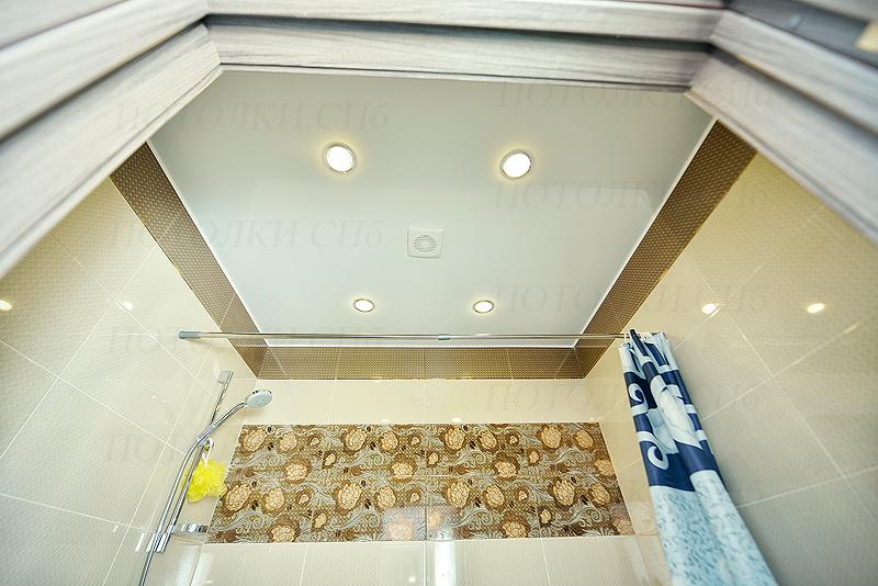 натяжной потолок в ванной 3.4 кв.м