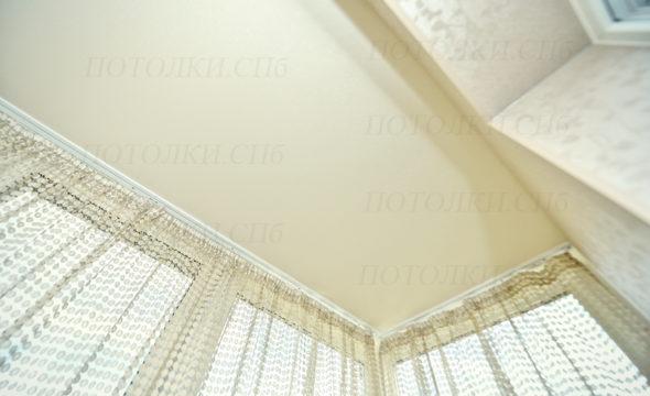 матовый натяжной потолок на лоджии фото 4